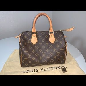 Authentic Louis Vuitton monogram mini speedy 25